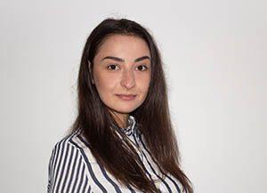 Стефани Димитрова - брокер